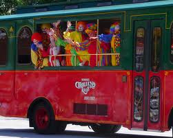 clown bus 2