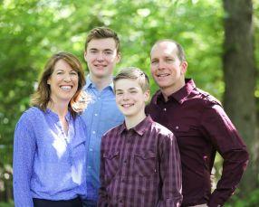 Axne-Family