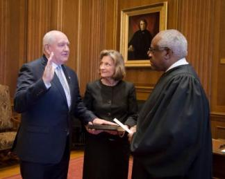 secretary-perdue-swearing-in